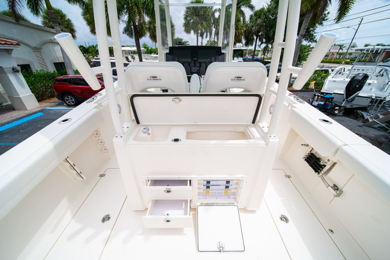 Thumbnail 20 for New 2019 Cobia 301 CC Center Console boat for sale in Islamorada, FL