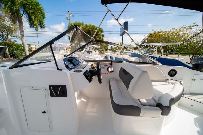 Thumbnail 23 for New 2020 Hurricane SD235 OB boat for sale in West Palm Beach, FL