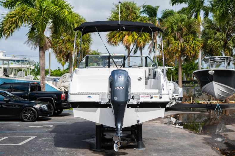 Thumbnail 6 for New 2020 Hurricane SD235 OB boat for sale in West Palm Beach, FL