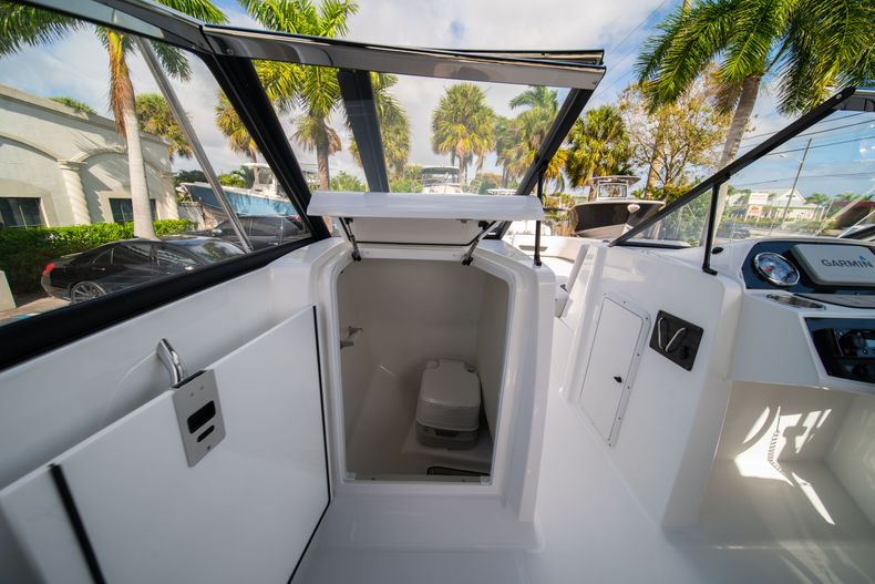 Thumbnail 25 for New 2020 Hurricane SD235 OB boat for sale in West Palm Beach, FL