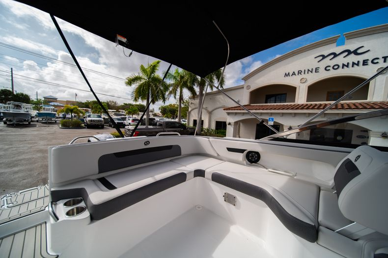 Thumbnail 12 for New 2020 Hurricane SD235 OB boat for sale in West Palm Beach, FL