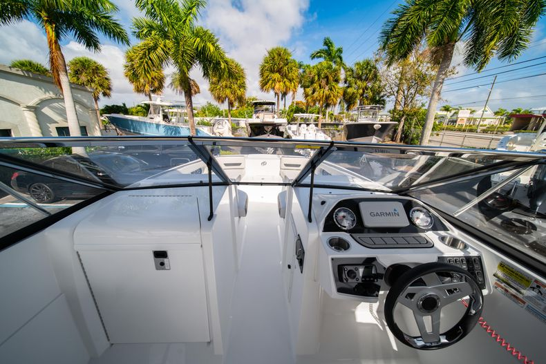 Thumbnail 30 for New 2020 Hurricane SD235 OB boat for sale in West Palm Beach, FL