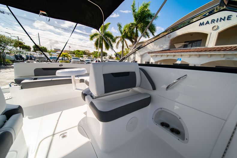 Thumbnail 28 for New 2020 Hurricane SD235 OB boat for sale in West Palm Beach, FL