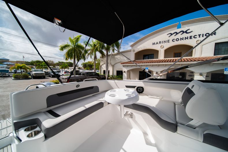 Thumbnail 11 for New 2020 Hurricane SD235 OB boat for sale in West Palm Beach, FL