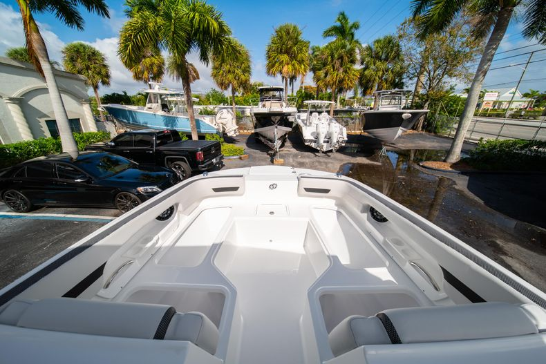 Thumbnail 32 for New 2020 Hurricane SD235 OB boat for sale in West Palm Beach, FL