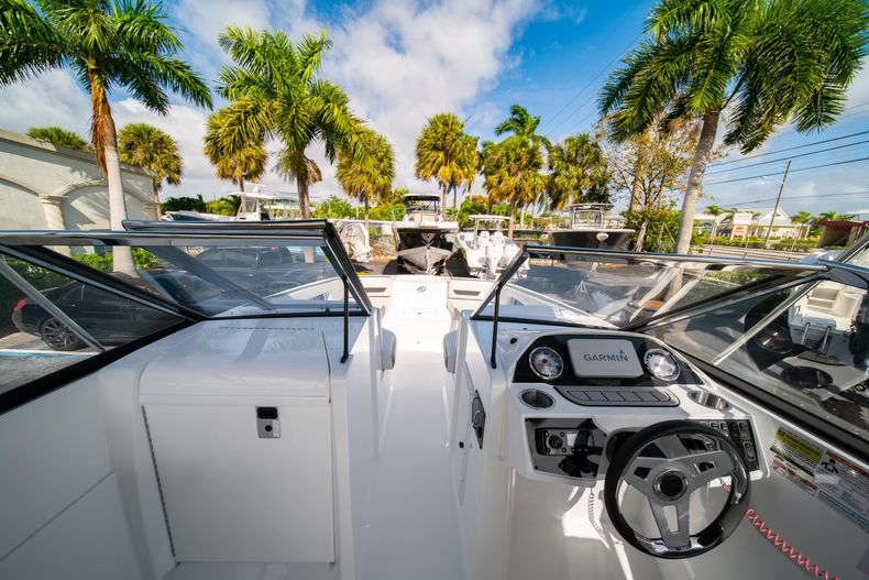 Thumbnail 29 for New 2020 Hurricane SD235 OB boat for sale in West Palm Beach, FL