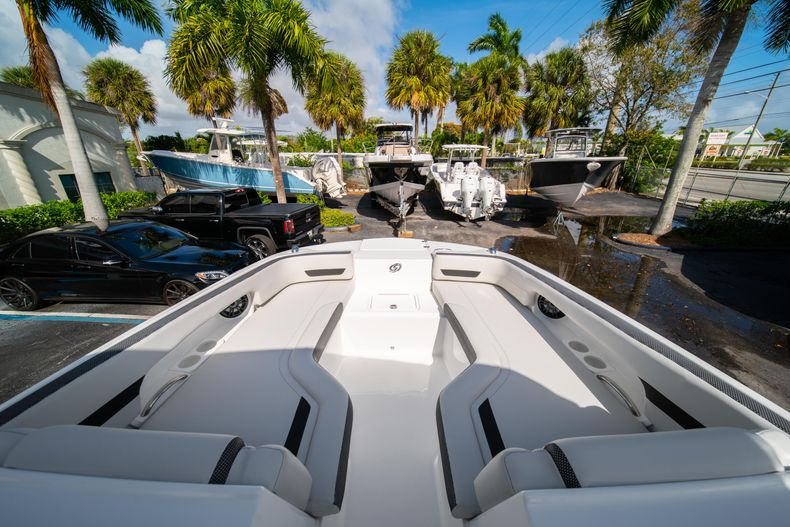 Thumbnail 31 for New 2020 Hurricane SD235 OB boat for sale in West Palm Beach, FL