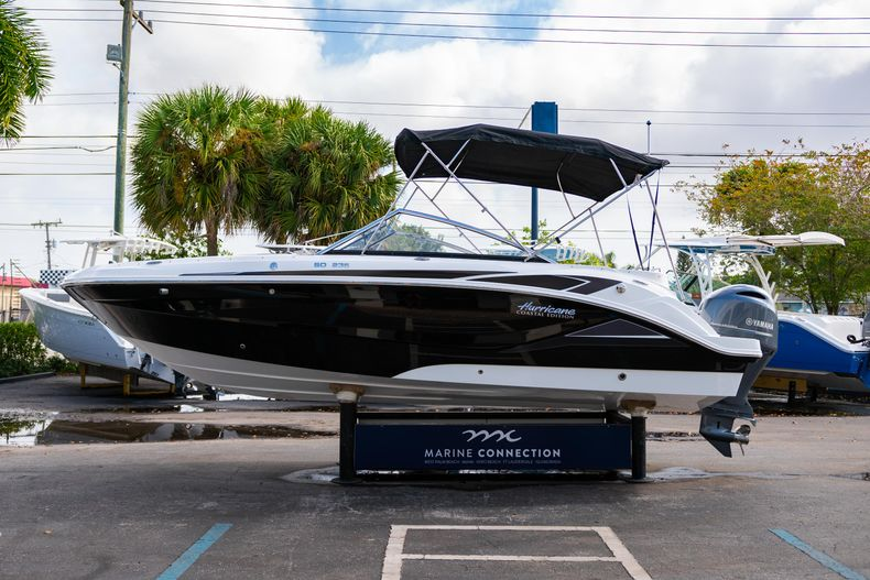 Thumbnail 4 for New 2020 Hurricane SD235 OB boat for sale in West Palm Beach, FL