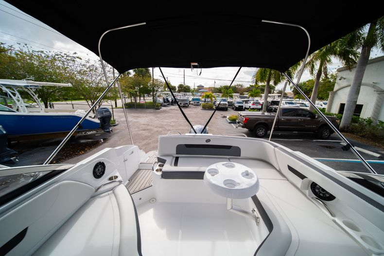 Thumbnail 9 for New 2020 Hurricane SD235 OB boat for sale in West Palm Beach, FL
