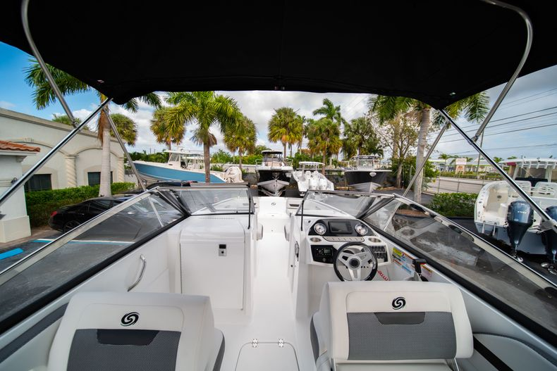 Thumbnail 8 for New 2020 Hurricane SD235 OB boat for sale in West Palm Beach, FL