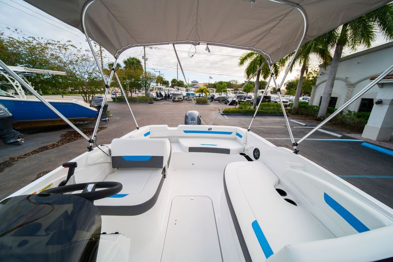Thumbnail 19 for New 2020 Hurricane SS 185 OB boat for sale in Fort Lauderdale, FL
