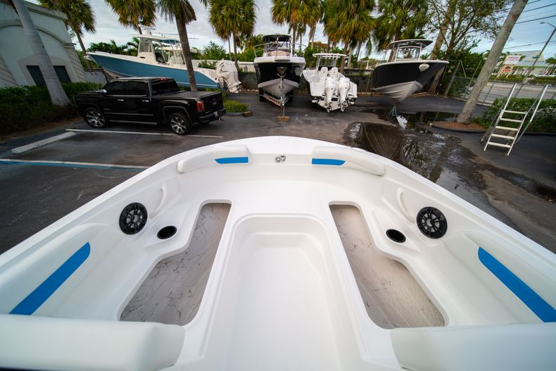 Thumbnail 22 for New 2020 Hurricane SS 185 OB boat for sale in Fort Lauderdale, FL