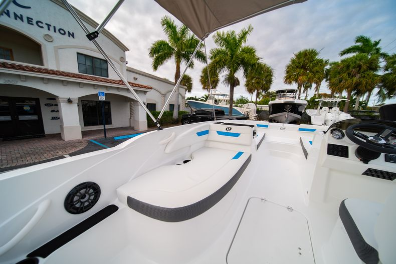 Thumbnail 11 for New 2020 Hurricane SS 185 OB boat for sale in Fort Lauderdale, FL