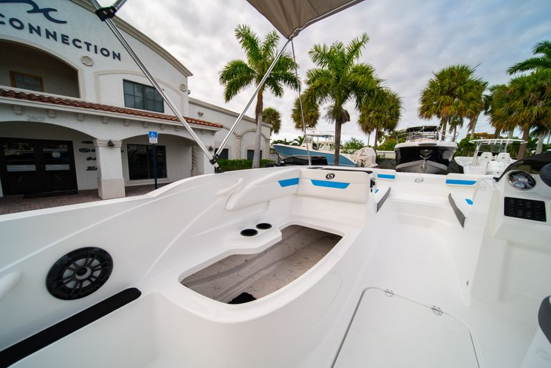 Thumbnail 12 for New 2020 Hurricane SS 185 OB boat for sale in Fort Lauderdale, FL