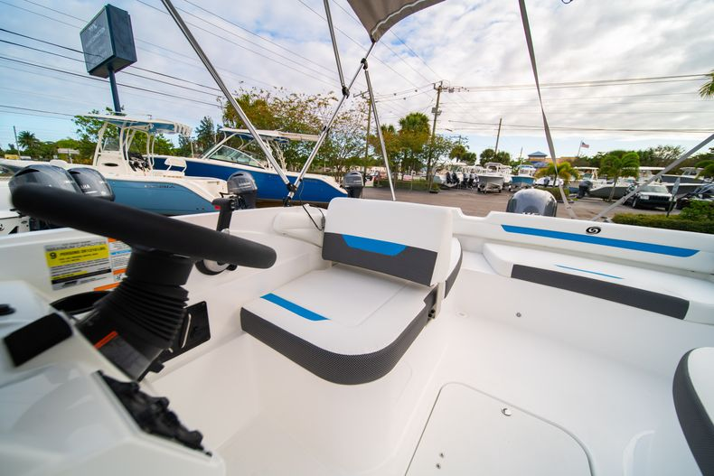 Thumbnail 18 for New 2020 Hurricane SS 185 OB boat for sale in Fort Lauderdale, FL
