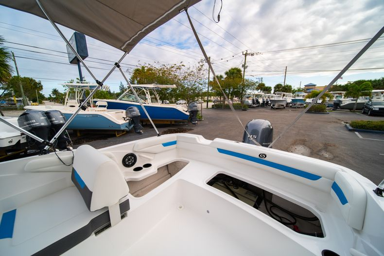 Thumbnail 10 for New 2020 Hurricane SS 185 OB boat for sale in Fort Lauderdale, FL