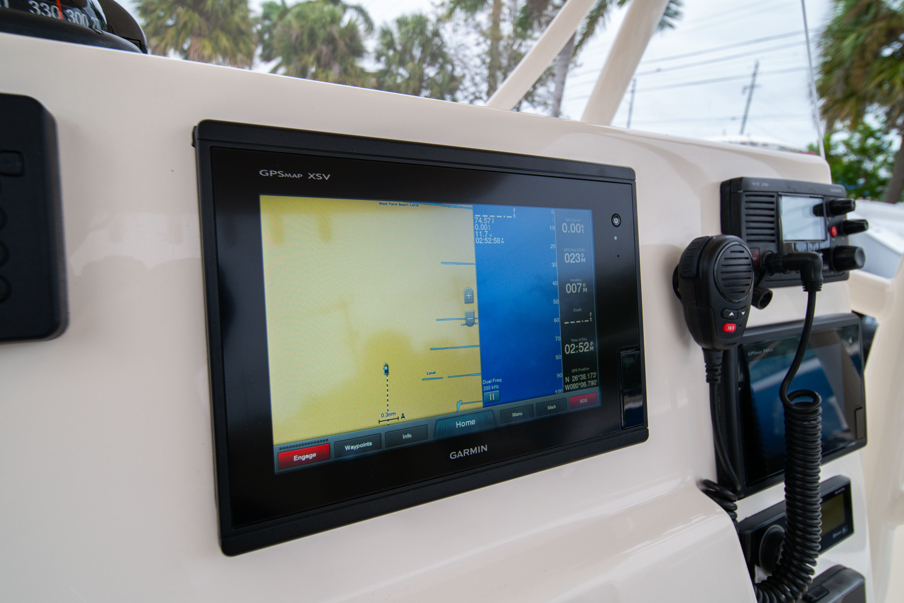 Thumbnail 29 for Used 2016 Cobia 237 Center Console boat for sale in West Palm Beach, FL