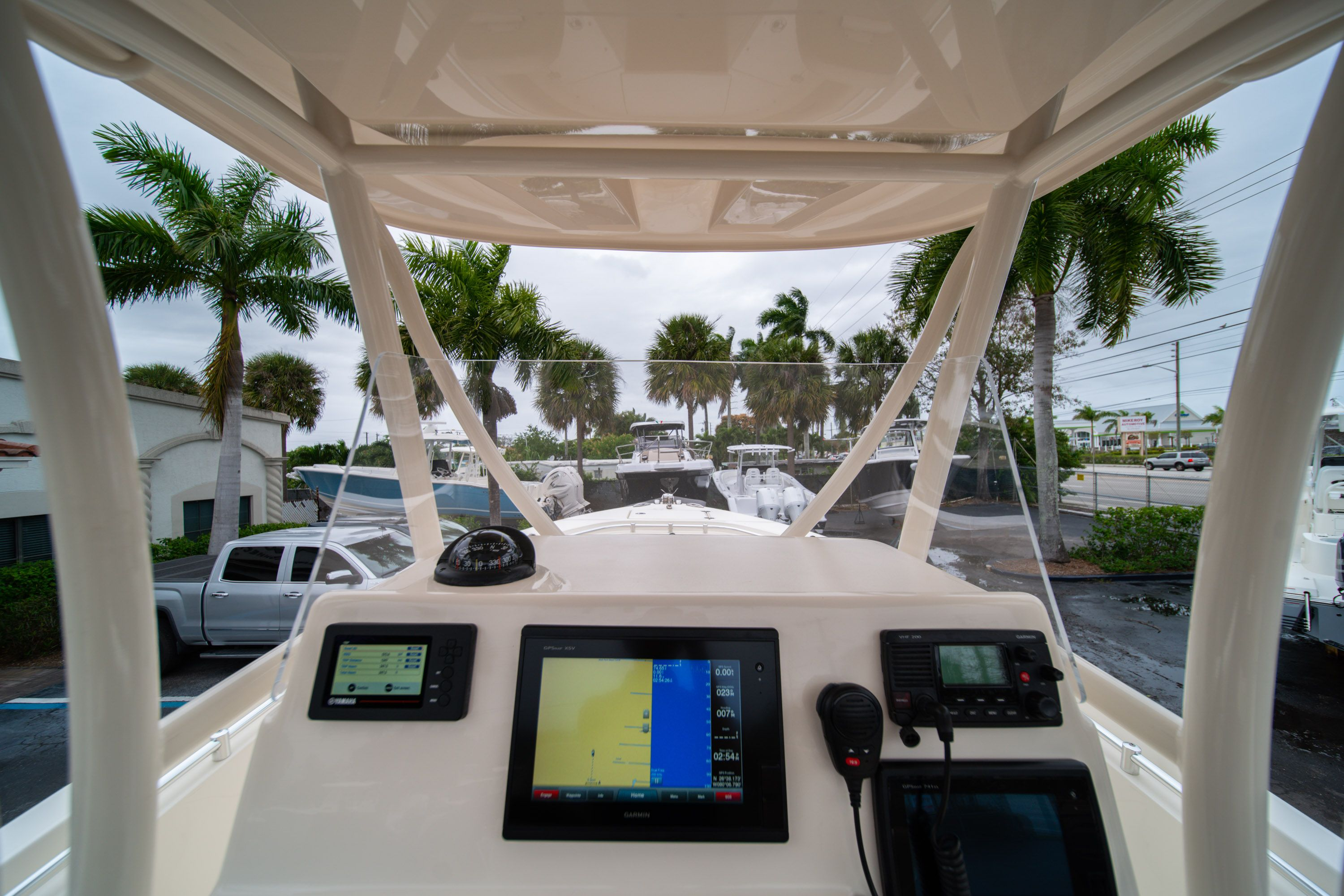 Thumbnail 31 for Used 2016 Cobia 237 Center Console boat for sale in West Palm Beach, FL