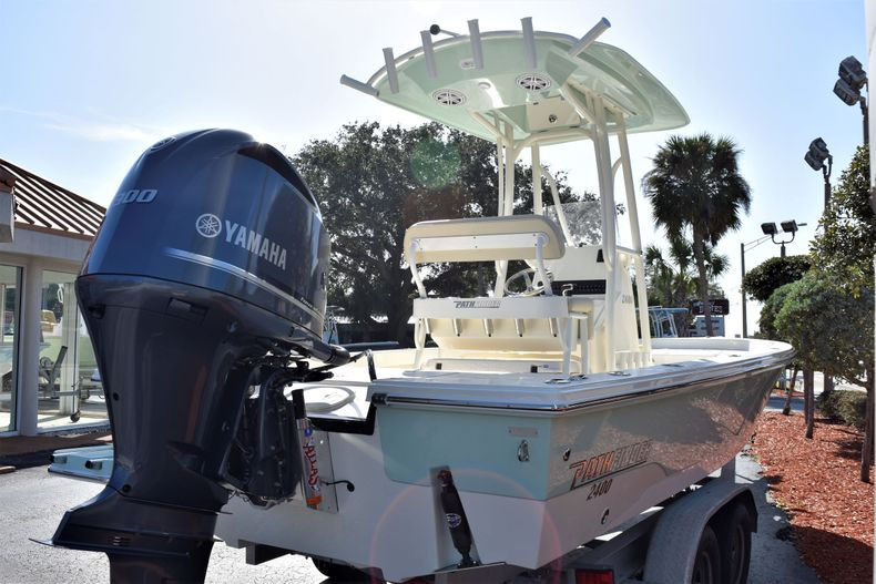 Thumbnail 7 for New 2020 Pathfinder 2400 TRS boat for sale in Fort Lauderdale, FL