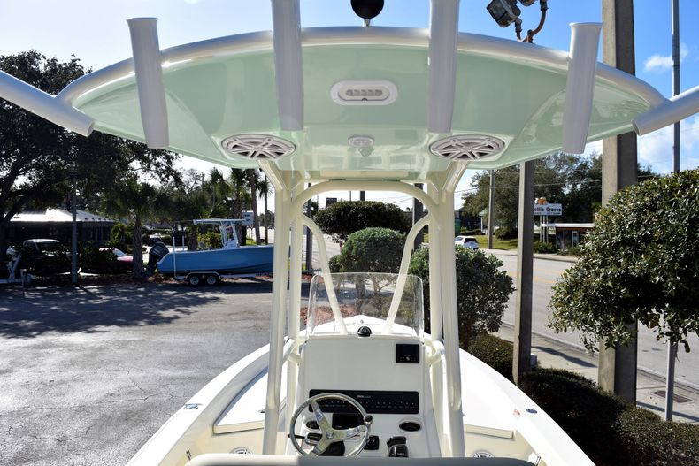 Thumbnail 13 for New 2020 Pathfinder 2400 TRS boat for sale in Fort Lauderdale, FL