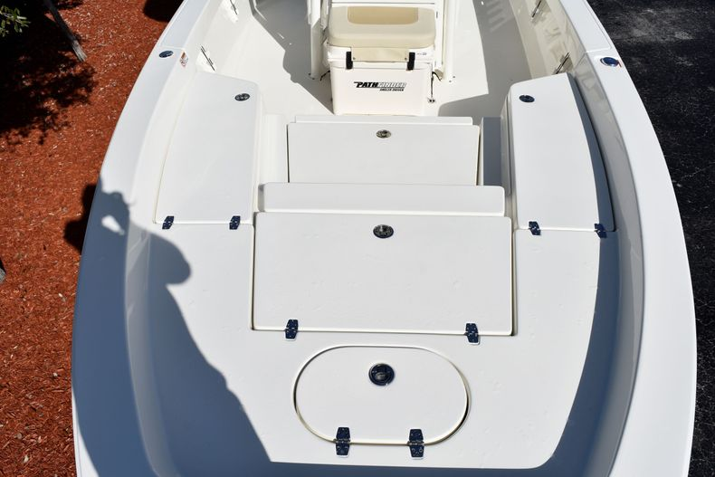 Thumbnail 18 for New 2020 Pathfinder 2400 TRS boat for sale in Fort Lauderdale, FL