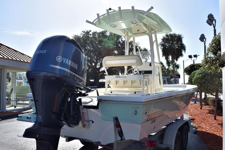 Thumbnail 6 for New 2020 Pathfinder 2400 TRS boat for sale in Fort Lauderdale, FL