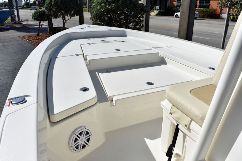 Thumbnail 16 for New 2020 Pathfinder 2400 TRS boat for sale in Fort Lauderdale, FL