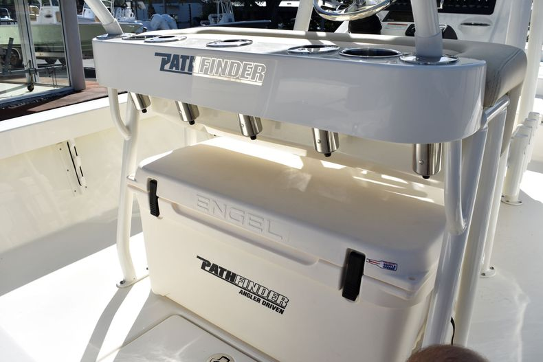 Thumbnail 29 for New 2020 Pathfinder 2400 TRS boat for sale in Fort Lauderdale, FL