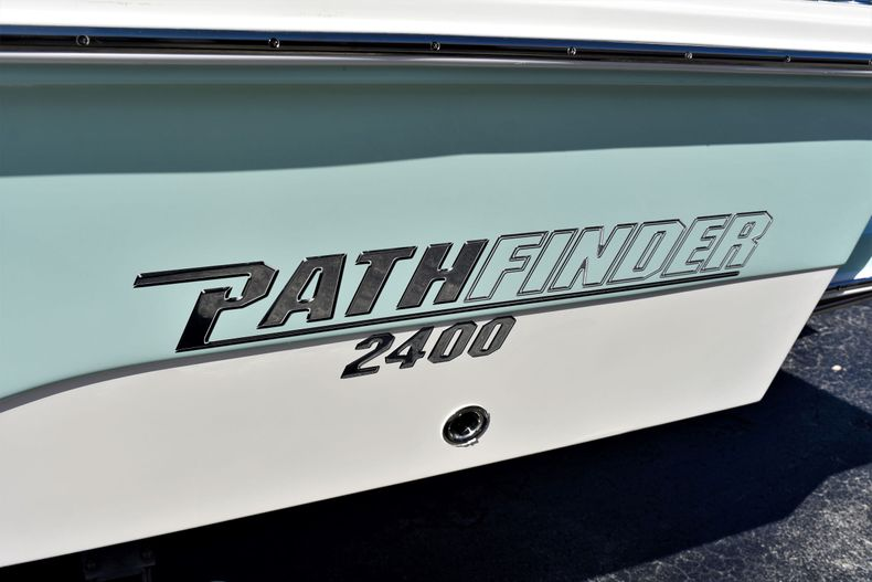 Thumbnail 3 for New 2020 Pathfinder 2400 TRS boat for sale in Fort Lauderdale, FL
