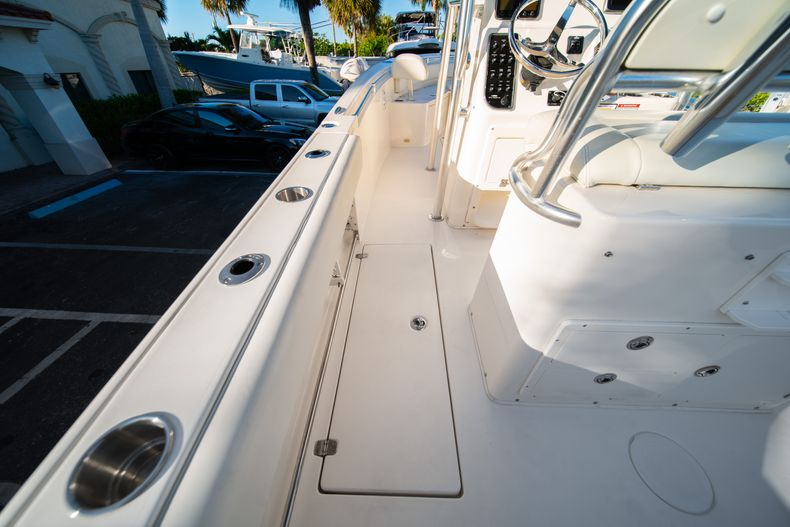 Thumbnail 17 for Used 2014 Cobia 256 CC boat for sale in West Palm Beach, FL