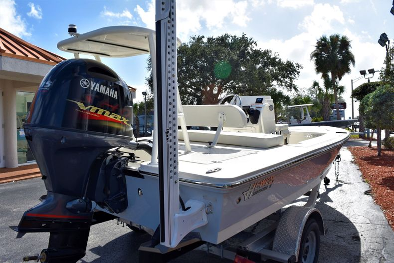 Thumbnail 4 for New 2020 Hewes Redfisher 18 Skiff boat for sale in Fort Lauderdale, FL