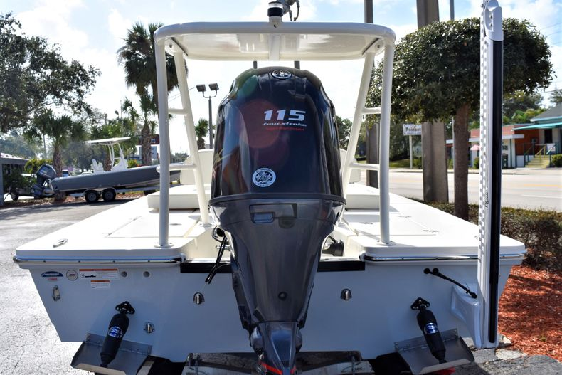 Thumbnail 3 for New 2020 Hewes Redfisher 18 Skiff boat for sale in Fort Lauderdale, FL