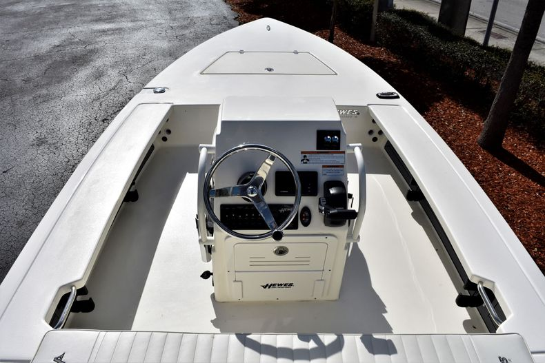 Thumbnail 8 for New 2020 Hewes Redfisher 18 Skiff boat for sale in Fort Lauderdale, FL