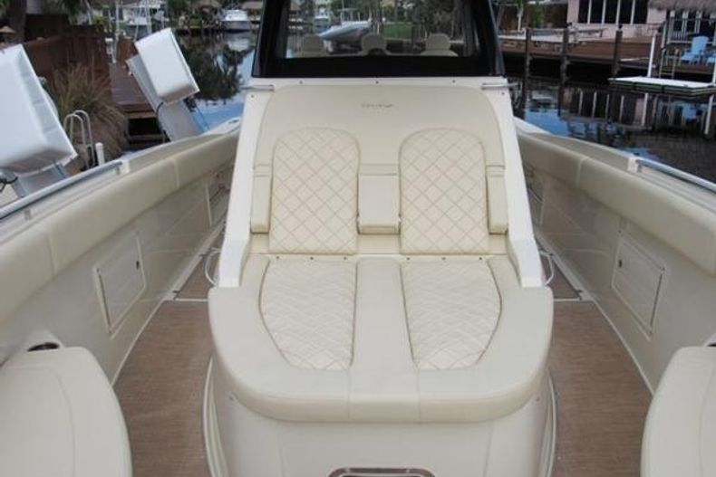 Thumbnail 18 for Used 2018 Chris Craft Catalina boat for sale in West Palm Beach, FL
