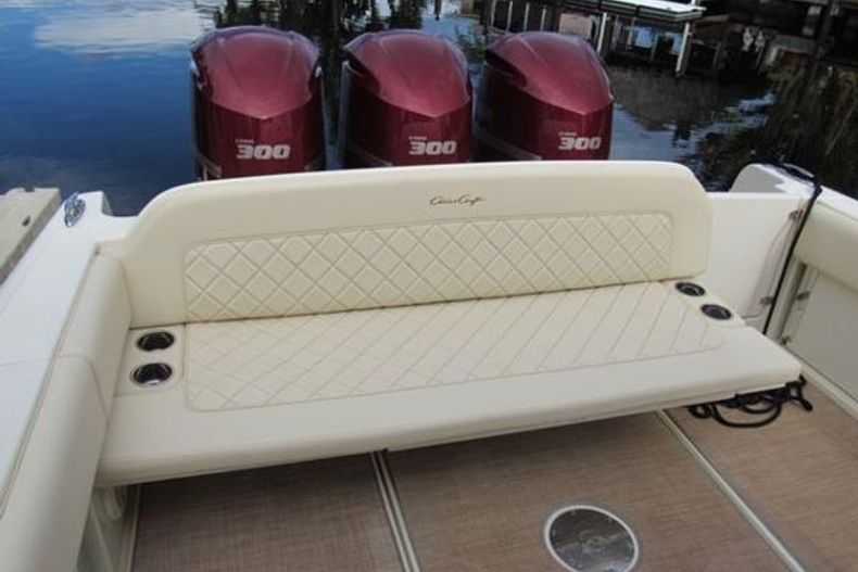 Thumbnail 20 for Used 2018 Chris Craft CATALINA 34 boat for sale in West Palm Beach, FL