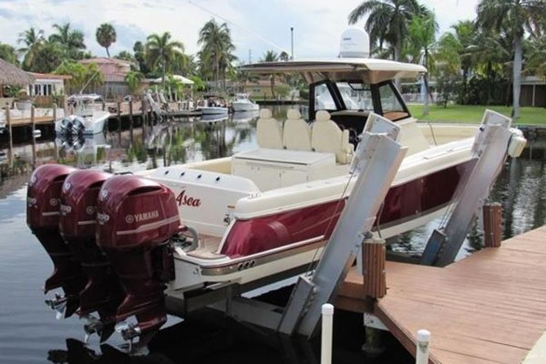 Thumbnail 2 for Used 2018 Chris Craft Catalina boat for sale in West Palm Beach, FL