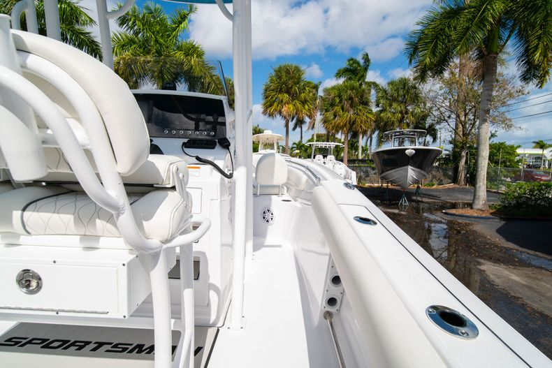 Thumbnail 17 for New 2020 Sportsman Open 212 Center Console boat for sale in West Palm Beach, FL