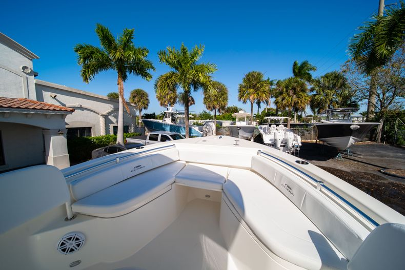 Thumbnail 32 for New 2020 Cobia 220 CC Center Console boat for sale in West Palm Beach, FL