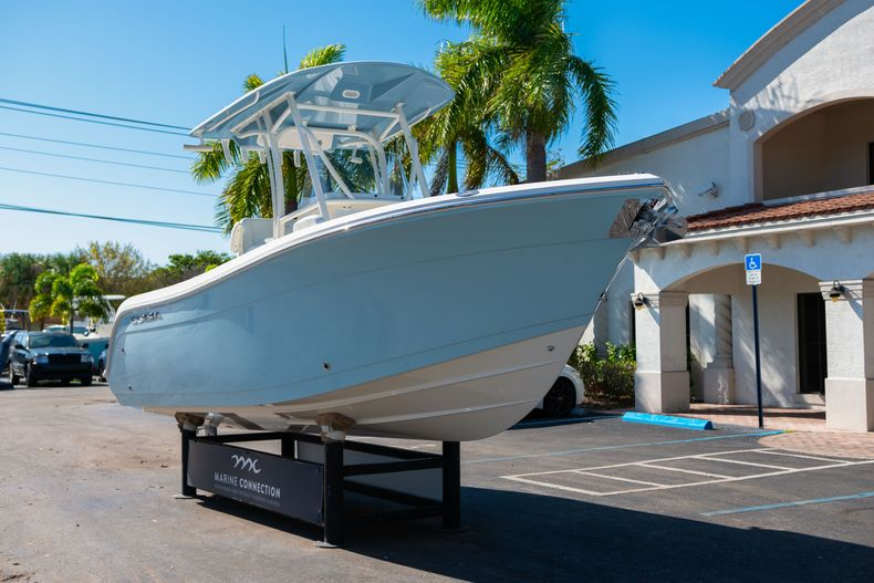 Thumbnail 1 for New 2020 Cobia 220 CC Center Console boat for sale in West Palm Beach, FL
