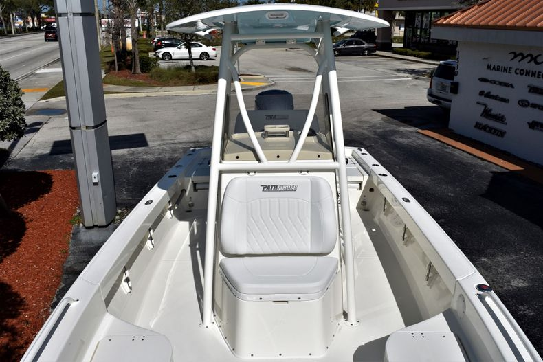 Image 13 for 2020 Pathfinder 2600 TRS Bay Boat in Fort Lauderdale, FL
