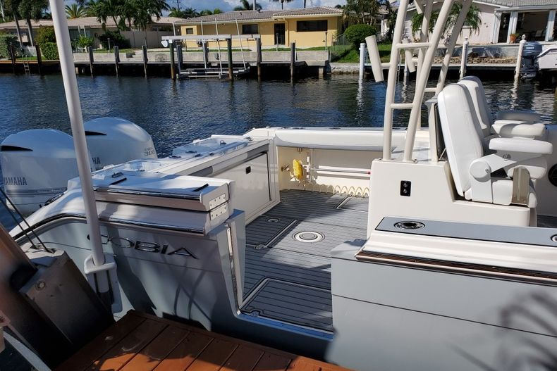 Thumbnail 11 for Used 2018 Cobia 320 Center Console boat for sale in West Palm Beach, FL
