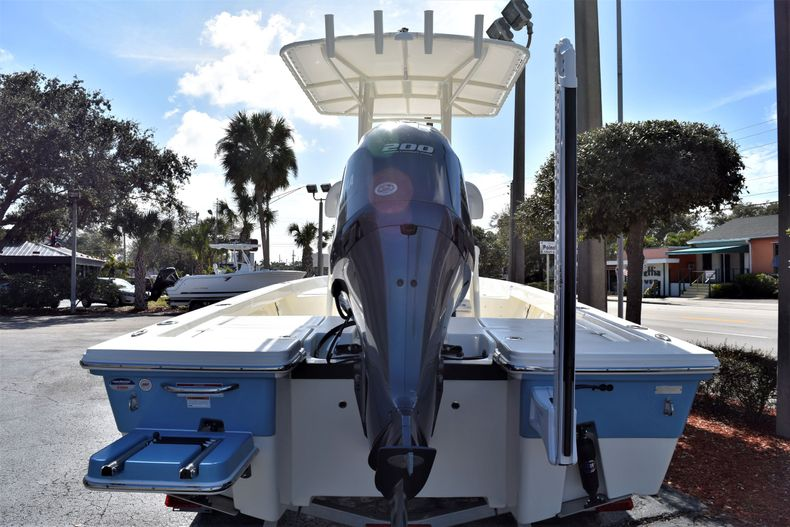 Thumbnail 4 for New 2020 Pathfinder 2200 TRS boat for sale in Vero Beach, FL