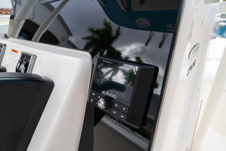 Thumbnail 20 for New 2020 Cobia 201 CC Center Console boat for sale in Miami, FL