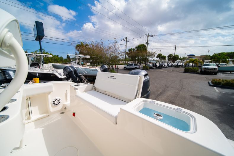 Thumbnail 12 for New 2020 Cobia 201 CC Center Console boat for sale in Miami, FL