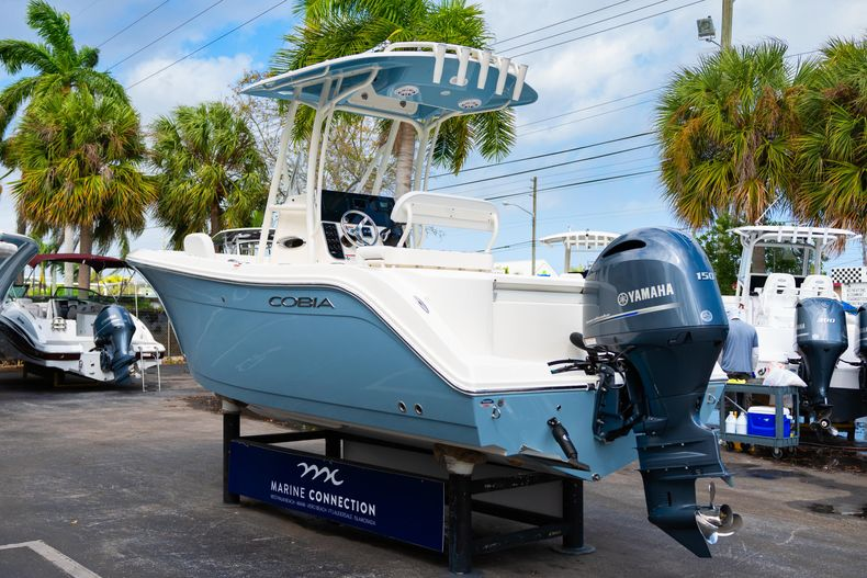 Thumbnail 5 for New 2020 Cobia 201 CC Center Console boat for sale in Miami, FL