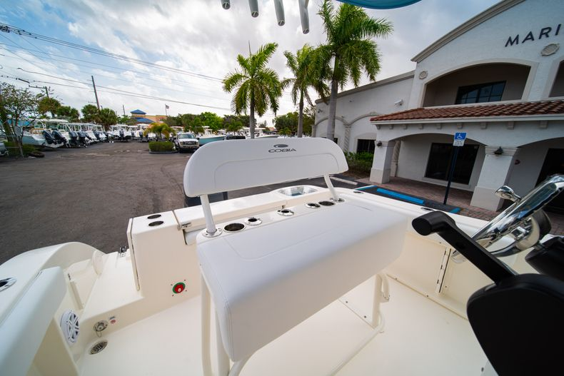 Thumbnail 26 for New 2020 Cobia 201 CC Center Console boat for sale in Miami, FL