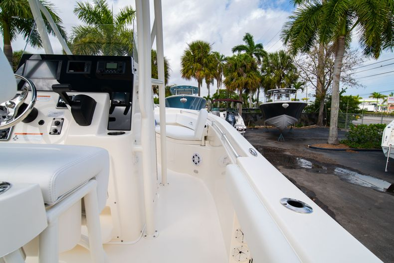 Thumbnail 15 for New 2020 Cobia 201 CC Center Console boat for sale in Miami, FL