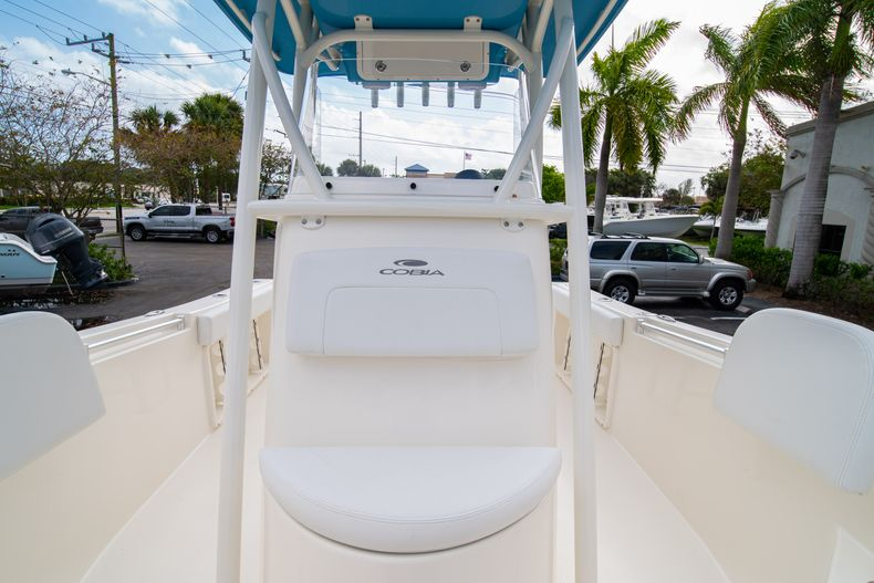 Thumbnail 39 for New 2020 Cobia 201 CC Center Console boat for sale in Miami, FL