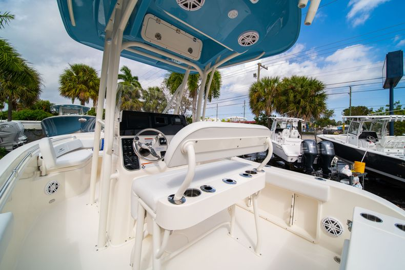 Thumbnail 17 for New 2020 Cobia 201 CC Center Console boat for sale in Miami, FL