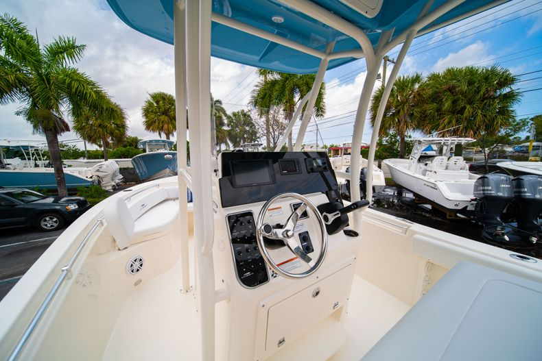 Thumbnail 25 for New 2020 Cobia 201 CC Center Console boat for sale in Miami, FL